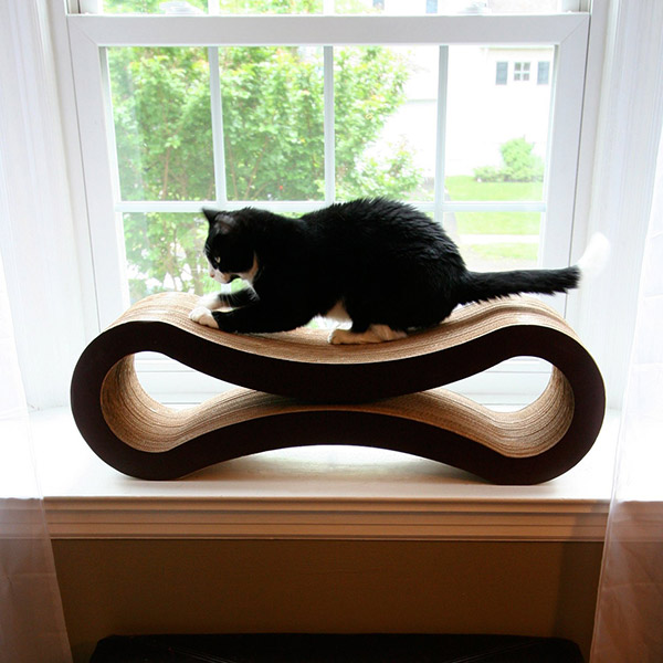 Get A Cat Scratcher To Pamper Your Little Furry Friend
